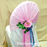 розовые банты на стулья с декором