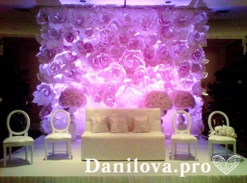 оформление задника на свадьбу из бумаги с подсветкой